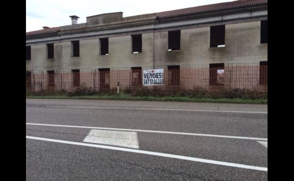 Commerciale da ristrutturare a Montagnana
