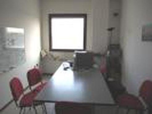 Ufficio a Ponte San Nicolò in vendita (1)