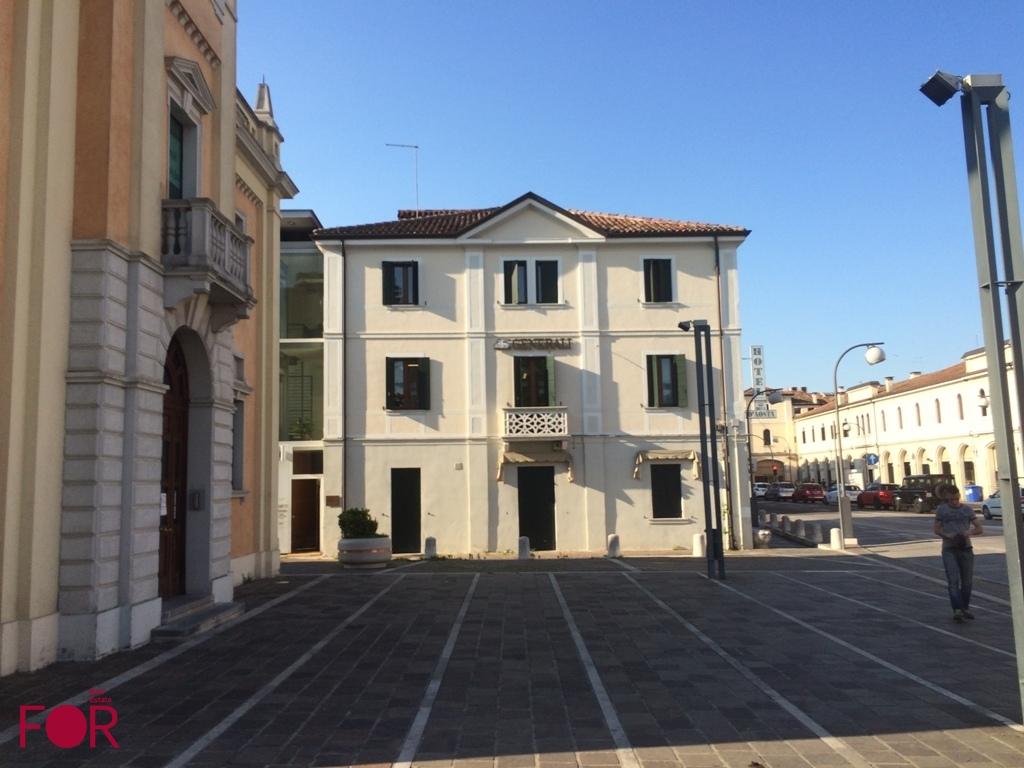 Ufficio a Mogliano Veneto centro in vendita