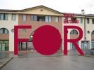 Negozio in complesso commerciale residenziale in vendita (2)
