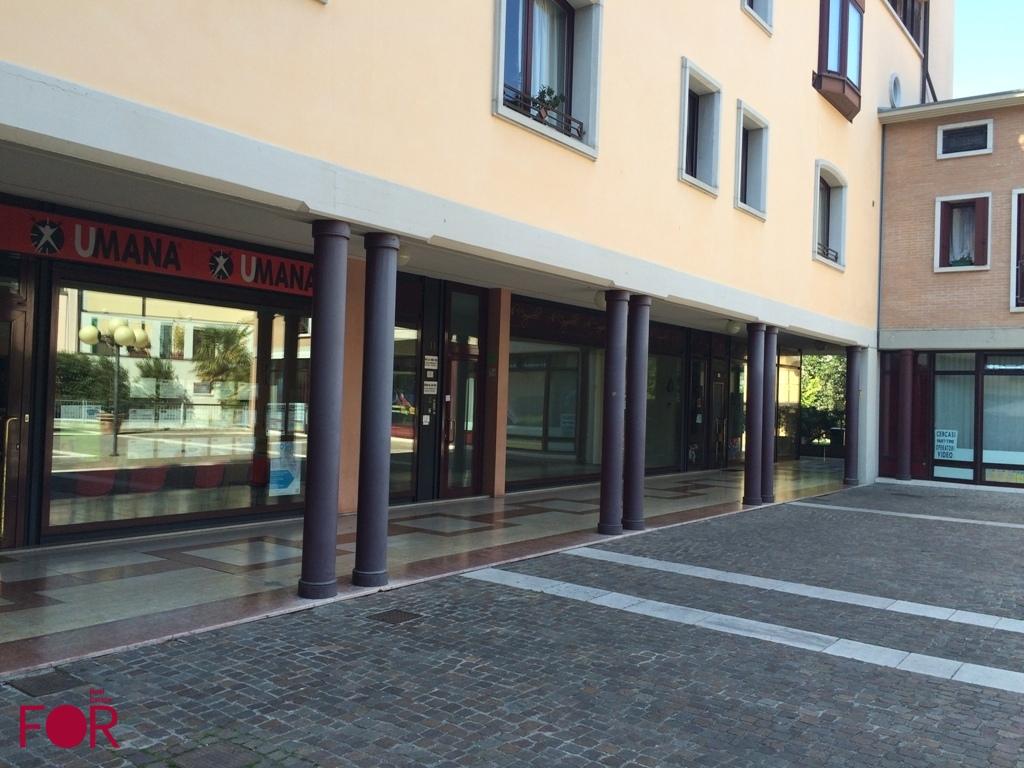 2 Negozi a San Donà di Piave in vendita (1)