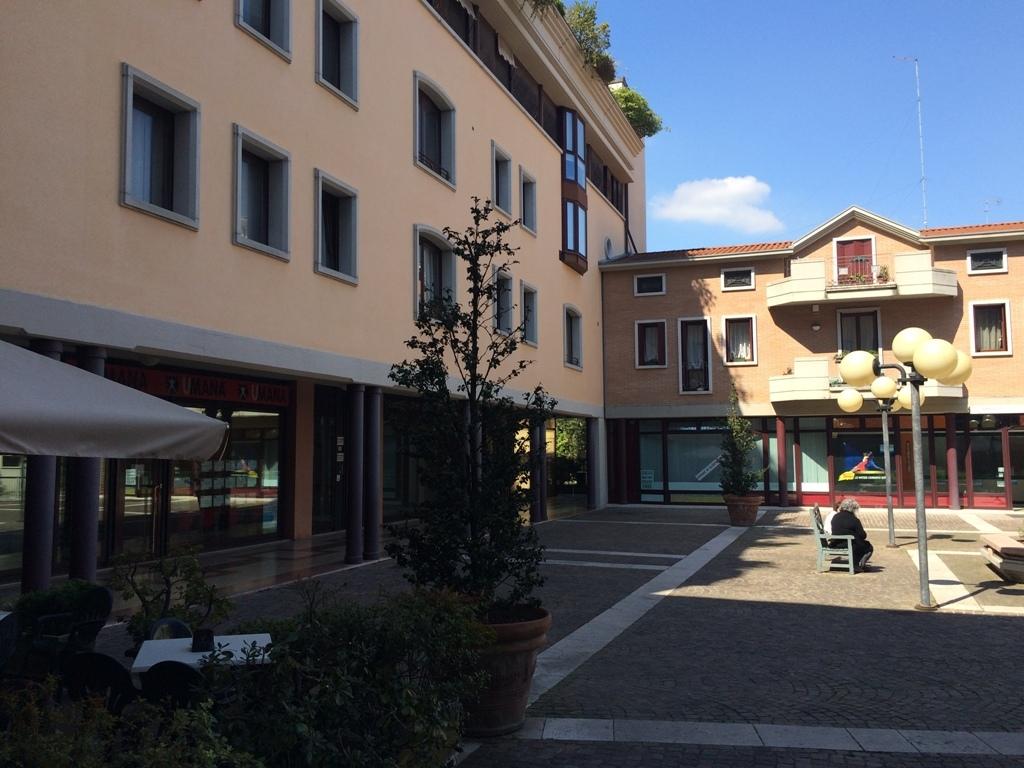 2 Negozi a San Donà di Piave in vendita (3)